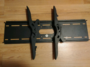 Heavy duty tv bracket for up to 70 inch