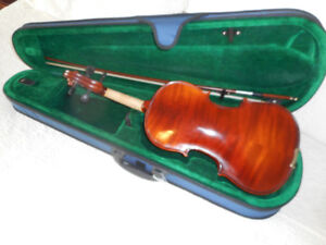 Violins / Fiddles from 400.00 to 650.00