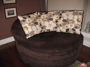 Over size Swivel Chair & Sofa