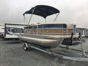 *ON SPECIAL* Southbay 220 60 HP  pontoon boat