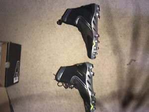 Size 11.5 Under Armour Spine Brawler Football Cleats