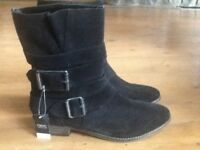 Size 5 Brand new, never been worn, Next black side buckle suede boots