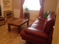 Spacious furnished flat available west Edinburgh from mid September