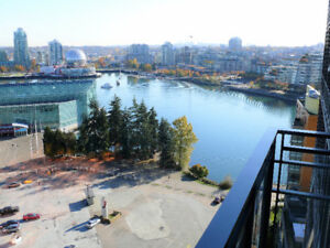 Furnished - 2 Bed+Den - Amazing Water & Mountain Views - Parking