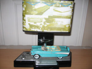 MANCAVE 57 CHEVY CONVERTIBLE DISPLAY WORKS GREAT.