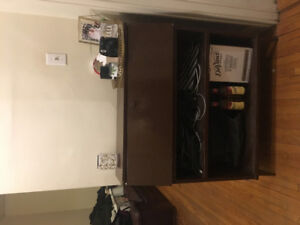 Selling Apartment Items / Moving Sale