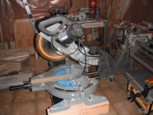 Mitre saw sliding dual bevel