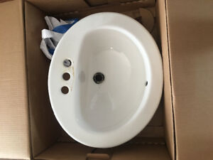 Oval porcelain Bathroom Sink