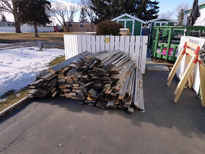 VINTAGE BARN BOARDS...ASST SIZES.. $1 TO $2 FOOT