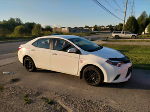 2015 Toyota Corolla LE- Heated Red Leather Seats!