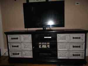 TV Stand 300$ obo