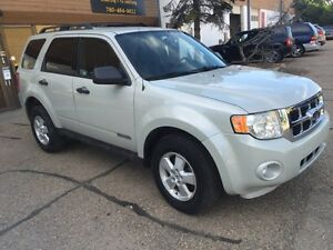 2008 Ford Escape XLT AWD only 108km