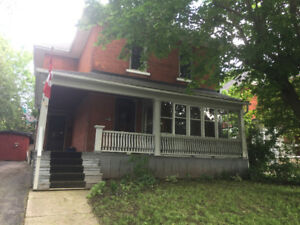 Funky Furnished House a Block from Downtown Stratford