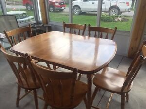 Dining table with 6 chairs PRICE DROP