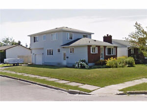 HOUSE FOR SALE-121 Ayer Ave, Moncton