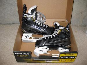 Bauer Boys Hockey Skates - Size 10.5 Cambridge Kitchener Area image 1
