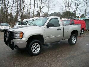 2008 GMC SIERRA REG CAB SHORT BOX 4x4 new 2yr safety