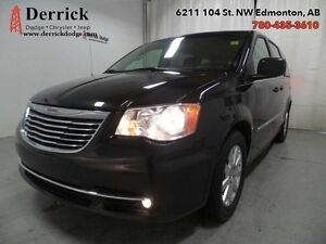 2016 Chrysler Town  Country   Used Touring  Rear Back-up Camera