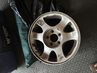 4 mustang rims for 1999 and other models with caps 16 or 16.5