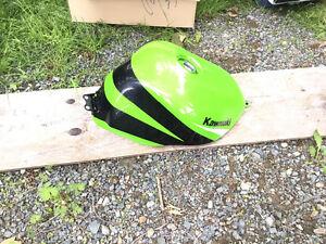 Kawasaki gas tank