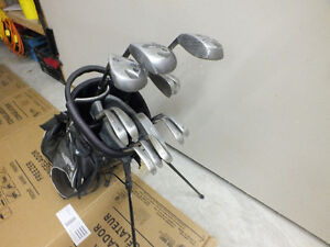 Right Handed 13pcs Golf Clubs set with Bag Windsor Region Ontario image 3