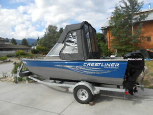 2009 Crestliner Canadian 1650 fishing boat in clean condition