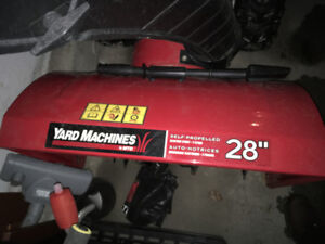 Yard Machines MTD 357 cc 28 in snow blower, perfect condition