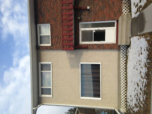 Hinton AB 3bd townhouse furnished
