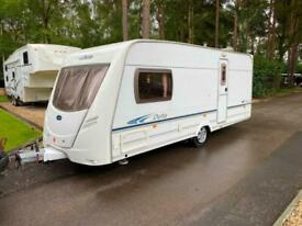 LUNAR DELTA 540/2 - 2005 - 2 BERTH - END WASHROOM - AWNING AND MOVER