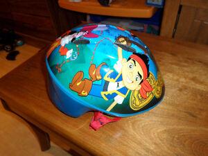 Casque de vélo Jack et les pirates, pour enfant de 1 an à 2 ans
