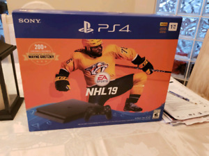 PS4 1TB NHL 19 brand new sealed