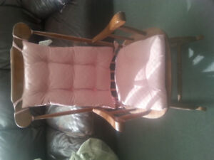 1970's Wooden rocking chair.excellent condition