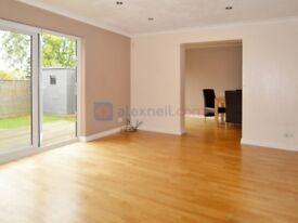 5 bedroom house in Allen Road, Beckenham BR3