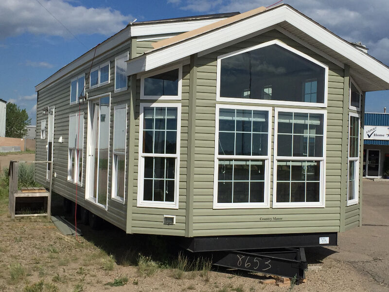 NEW SPRING SALE PARK MODEL IN STOCK HOMES COTTAGES