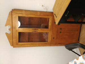 Selling a china hutch