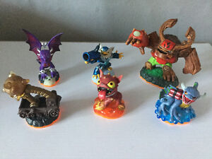 6 Figurines Skylanders Giants pour xbox 360 - 10$
