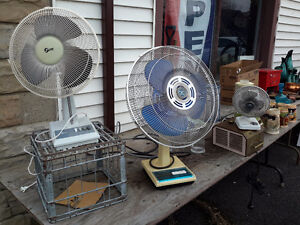 LOT OF 3 TABLE FAN STARTING AT $10.00  DROP IN