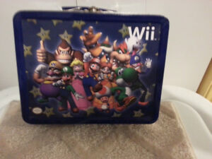 Wii  METAL  LUNCH  BOX