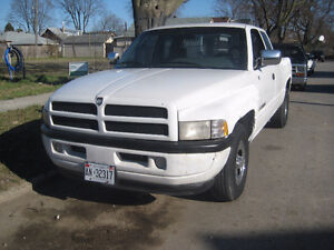 1996 dodge ram 1500 p/u as is private  sale parts or drive $1500
