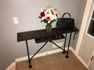 Solid Red Oak entry table with Floating Shelf