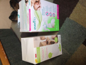 UNUSED manual breast pump and other supplies