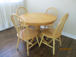 Pine table with set of 4 chairs