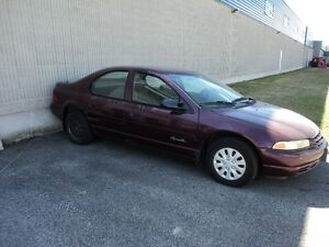 1998 Plymouth Breeze Berline