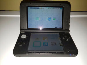 NINTENDO 3DS XL *LIKE NEW*