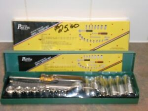 NEW! 22 PC. 1/4 INCH SOCKET SET WITH RATCHET