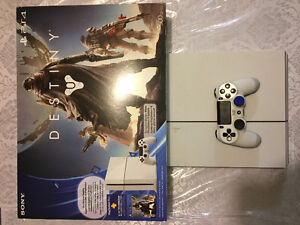 Sony PlayStation 4 500GB Destiny Bundle