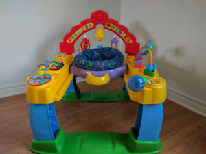 Baby Entertainment with music and sounds