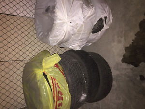 7 low profile tires from Jaguar xjr. ( two with rims)
