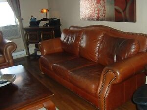 COUCHES 3 PIECES SET. 100% GENUINE LEATHER.