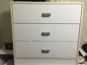White single bedroom set very good condition
